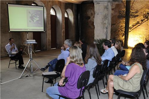 lanamento_e-book_a_imprensa_e_a_cidade_de_santos_1.jpg